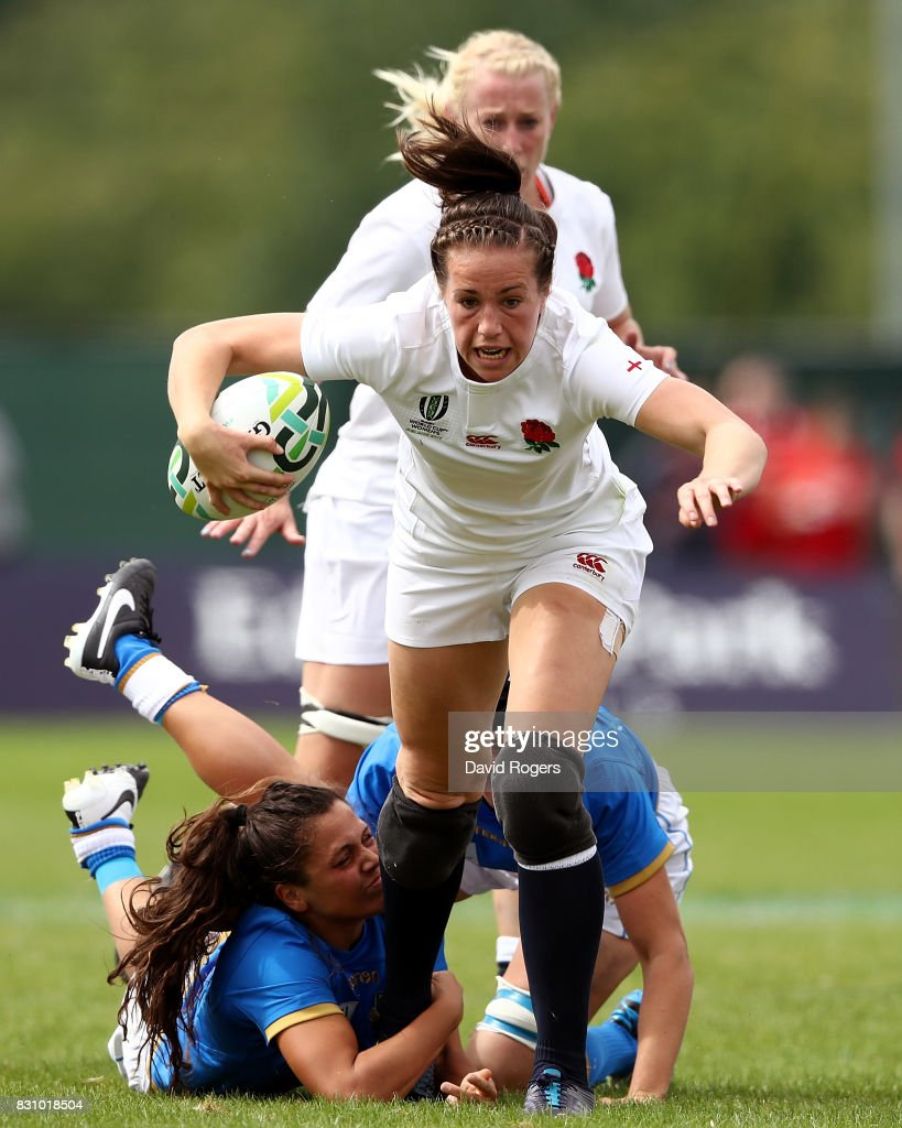 Emily Scarratt of England is tackled during the Women's Rugby World Cup 2017 between England and Italy on August 13, 2017 in Dublin, Ireland.
