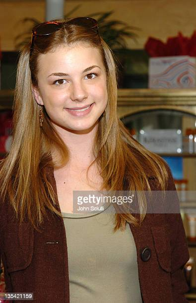 Emily VanCamp at Fred Segal during 2005 Park City Fred Segal Boutique at Village at the Lift at Village at the Lift in Park City Utah United States