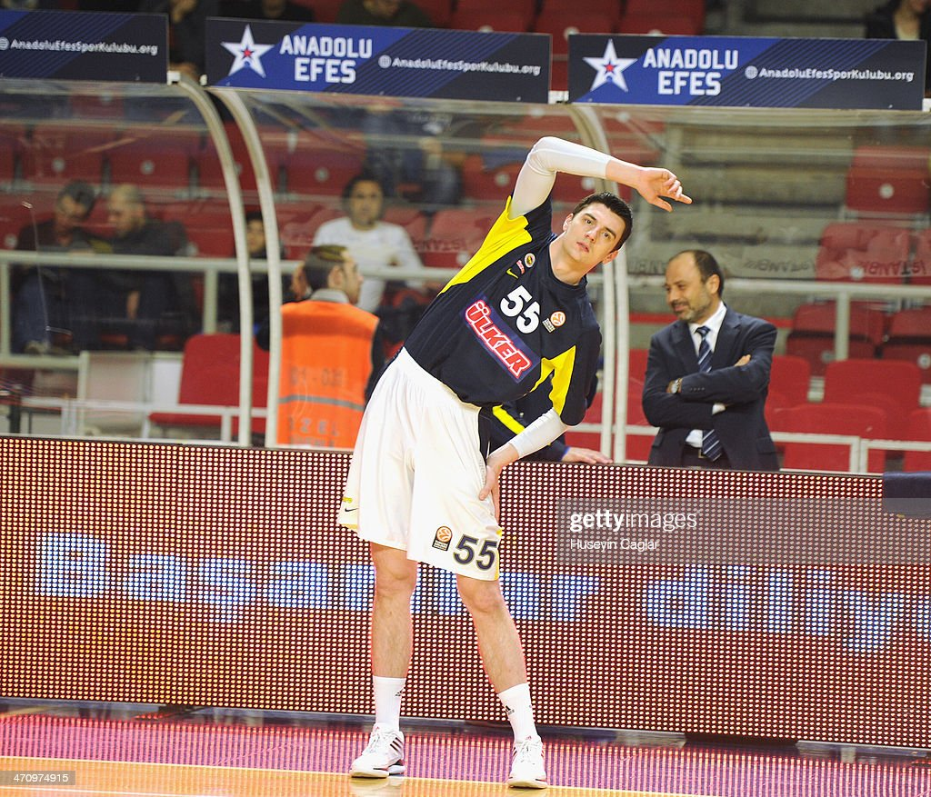 Emir Preldzic, #55 of Fenerbahce Ulker Istanbul inwarming up during the 2013-2014 Turkish Airlines Euroleague Top 16 Date 7 game between Anadolu EFES Istanbul v Fenerbahce Ulker Istanbul at Abdi Ipekci Arena on February 21, 2014 in Istanbul, Turkey.