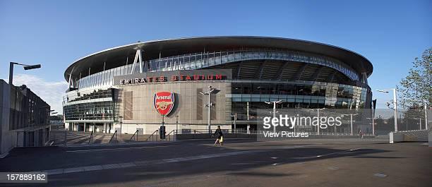 Emirates Stadium London United Kingdom Architect Hok Sport Emirates Stadium Panoramic Shot Of Stadium With Arsenal Logo
