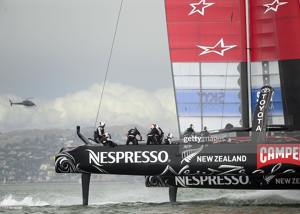 Emirates Team New Zealand competes in the eighth and final race of the Louis Vuitton Cup against Luna Rossa Challenge in San Francisco, California on August 25, 2013. Emirates won the race and the series 7-1. AFP PHOTO / Josh Edelson