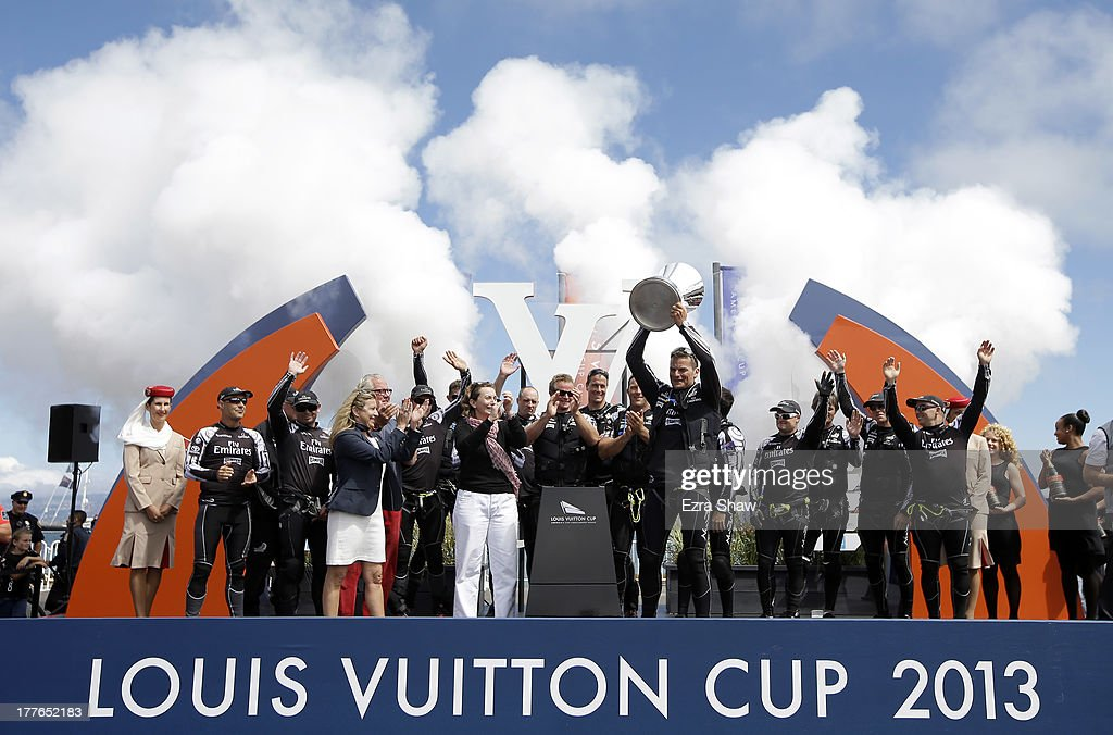 Emirates Team New Zealand skipper <a gi-track='captionPersonalityLinkClicked' href=/galleries/search?phrase=Dean+Barker&family=editorial&specificpeople=636929 ng-click='$event.stopPropagation()'>Dean Barker</a> holds up the Louis Vuitton Cup after they beat Team Luna Rossa Challenge in race eight to win the Louis Vuitton Cup finals on August 25, 2013 in San Francisco, California. Emirates Team New Zealand won the Louis Vuitton Cup 7-1 and will now race against Oracle Team USA in the America's Cup Finals that start on September 7.