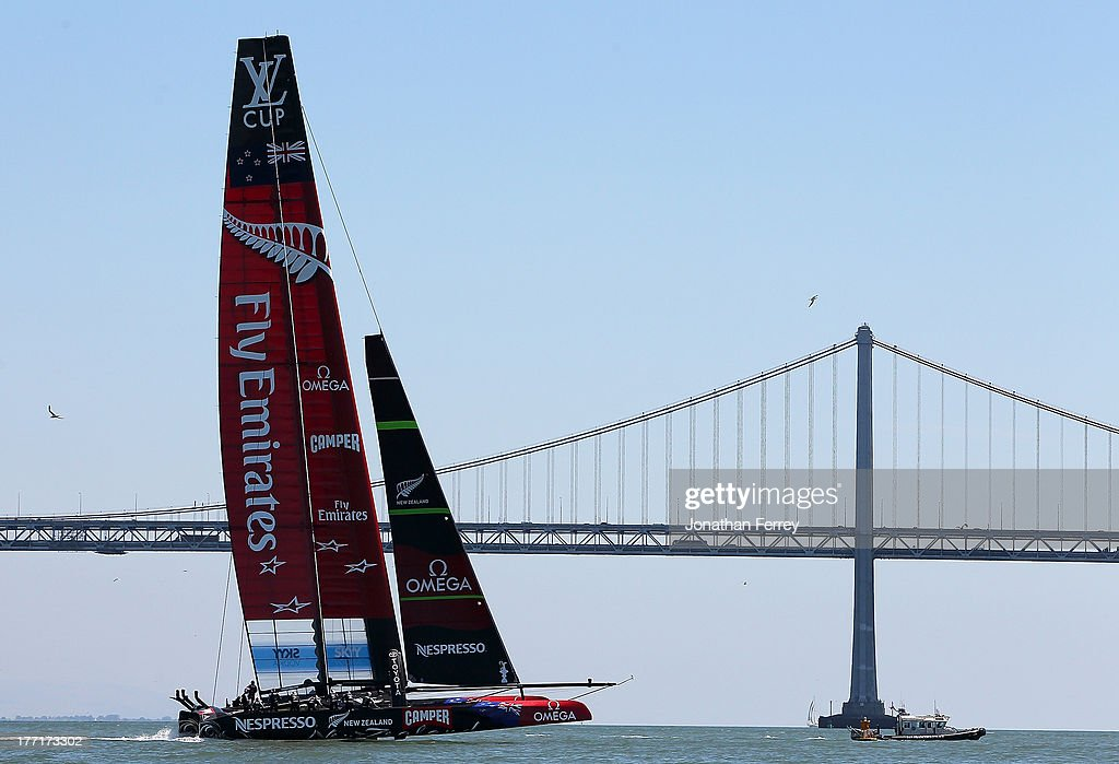 Emirates Team New Zealand skippered by Dean Barker in action against Team Luna Rossa Challenge skippered by Massimiliano Sirena during warm up before race four of the Louis Vuitton Cup finals on August 21, 2013 in San Francisco, California.