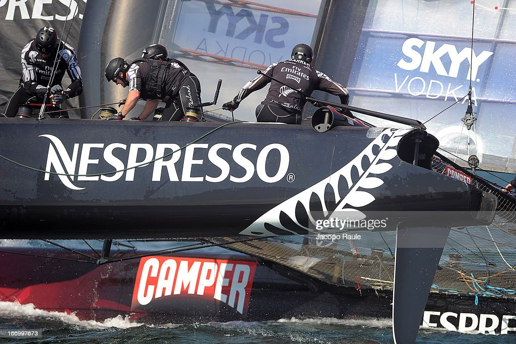 Emirates Team New Zealand skippered by <a gi-track='captionPersonalityLinkClicked' href=/galleries/search?phrase=Dean+Barker&family=editorial&specificpeople=636929 ng-click='$event.stopPropagation()'>Dean Barker</a> of New Zealand competes in Quarter Finals during America's cup World Series Naples on April 19, 2013 in Naples, Italy.