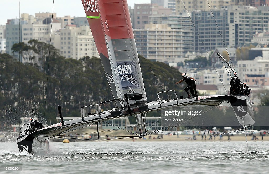 Emirates Team New Zealand skippered by Dean Barker races against Oracle Team USA skippered by James Spithill at the start of race 13 of the America's Cup Finals on September 20, 2013 in San Francisco, California. Race 13 was initially abandoned due to the race exceeding the time limit. Oracle Team USA won the restart of race 13.