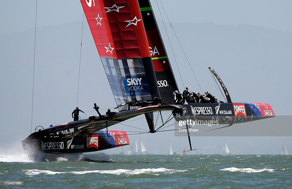 Emirates Team New Zealand skippered by <a gi-track='captionPersonalityLinkClicked' href=/galleries/search?phrase=Dean+Barker&family=editorial&specificpeople=636929 ng-click='$event.stopPropagation()'>Dean Barker</a> trains before the start of their round robin race against Luna Rossa Challenge in the Louis Vuitton Cup on July 13, 2013 in San Francisco, California. The winner of the Louis Vuitton Cup goes on to race against Oracle Team USA in the America's Cup Finals that start on September 7.