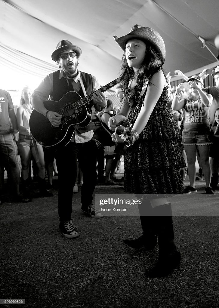 EmiSunshine (R) performs during 2016 Stagecoach California's Country Music Festival at Empire Polo Club on May 01, 2016 in Indio, California.