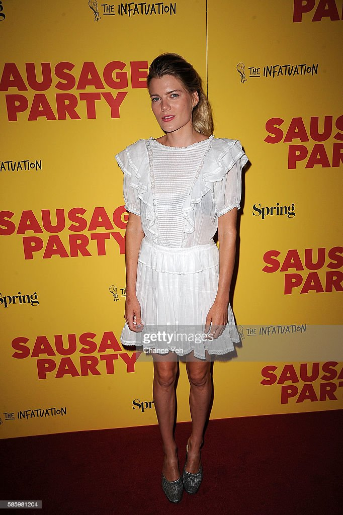 Emma Greenwell attends 'Sausage Party' New York premiere at Sunshine Landmark on August 4, 2016 in New York City.