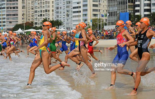 Emma Moffatt of Australia Sarah True of the United States Flora Duffy of Bermuda and Andrea Hewitt of New Zealand compete during the Women's...