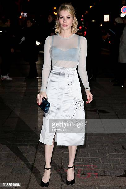 Emma Roberts arrives at the HM show as part of the Paris Fashion Week Womenswear Fall/Winter 2016/2017 on March 2 2016 in Paris France