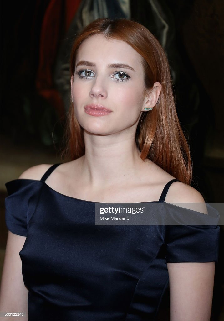 <a gi-track='captionPersonalityLinkClicked' href=/galleries/search?phrase=Emma+Roberts&family=editorial&specificpeople=226535 ng-click='$event.stopPropagation()'>Emma Roberts</a> attends the Christian Dior Spring Summer 2017 Cruise Collection at Blenheim Palace on May 31, 2016 in Woodstock, England.