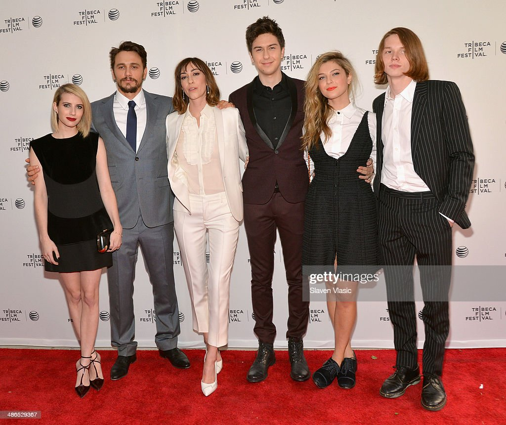 <a gi-track='captionPersonalityLinkClicked' href=/galleries/search?phrase=Emma+Roberts&family=editorial&specificpeople=226535 ng-click='$event.stopPropagation()'>Emma Roberts</a>, <a gi-track='captionPersonalityLinkClicked' href=/galleries/search?phrase=James+Franco&family=editorial&specificpeople=577480 ng-click='$event.stopPropagation()'>James Franco</a>, <a gi-track='captionPersonalityLinkClicked' href=/galleries/search?phrase=Gia+Coppola&family=editorial&specificpeople=3099216 ng-click='$event.stopPropagation()'>Gia Coppola</a>, <a gi-track='captionPersonalityLinkClicked' href=/galleries/search?phrase=Nat+Wolff&family=editorial&specificpeople=4183919 ng-click='$event.stopPropagation()'>Nat Wolff</a>, <a gi-track='captionPersonalityLinkClicked' href=/galleries/search?phrase=Zoe+Levin&family=editorial&specificpeople=10130764 ng-click='$event.stopPropagation()'>Zoe Levin</a> and <a gi-track='captionPersonalityLinkClicked' href=/galleries/search?phrase=Jack+Kilmer&family=editorial&specificpeople=5721946 ng-click='$event.stopPropagation()'>Jack Kilmer</a> attends the 'Palo Alto' Premiere during the 2014 Tribeca Film Festival at the SVA Theater on April 24, 2014 in New York City.