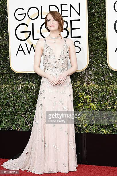 Emma Stone attends the 74th Annual Golden Globe Awards Arrivals at The Beverly Hilton Hotel on January 8 2017 in Beverly Hills California