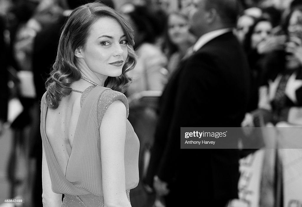 <a gi-track='captionPersonalityLinkClicked' href=/galleries/search?phrase=Emma+Stone&family=editorial&specificpeople=672023 ng-click='$event.stopPropagation()'>Emma Stone</a> attends the World Premiere of 'The Amazing Spider-Man 2' at Odeon Leicester Square on April 10, 2014 in London, England.