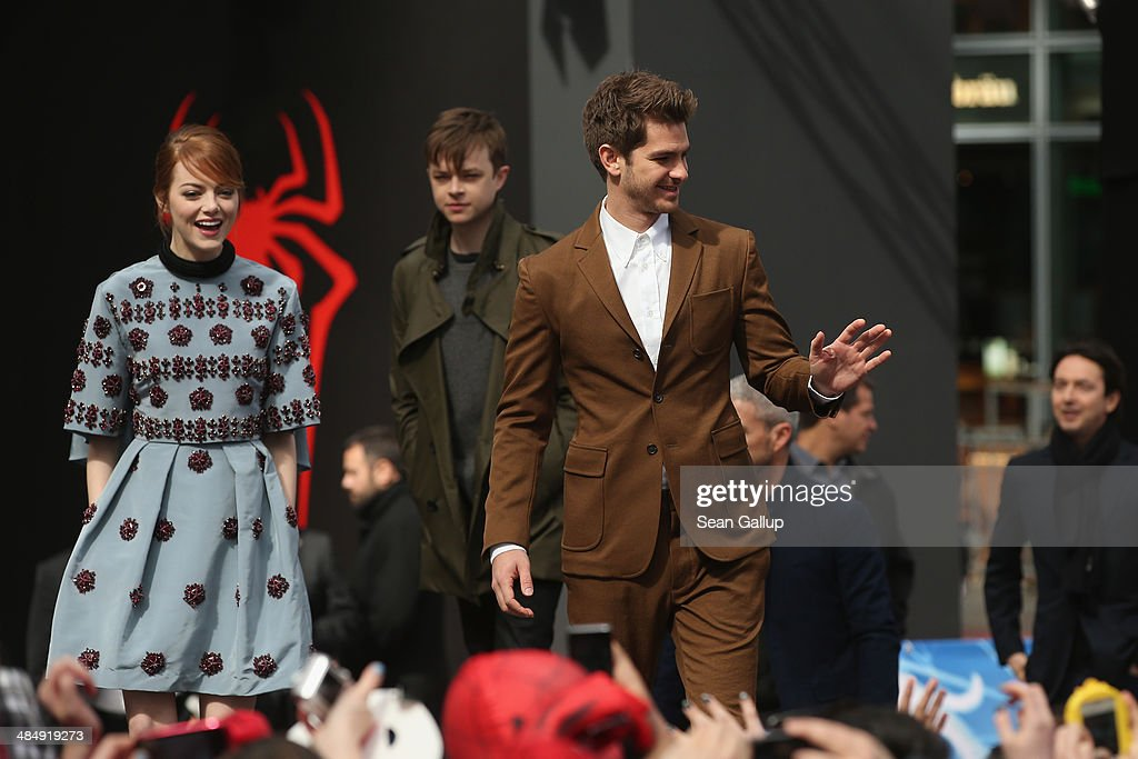 <a gi-track='captionPersonalityLinkClicked' href=/galleries/search?phrase=Emma+Stone&family=editorial&specificpeople=672023 ng-click='$event.stopPropagation()'>Emma Stone</a>, Dane Dehaan and <a gi-track='captionPersonalityLinkClicked' href=/galleries/search?phrase=Andrew+Garfield&family=editorial&specificpeople=4047840 ng-click='$event.stopPropagation()'>Andrew Garfield</a> attend the 'The Amazing Spider-Man 2: Rise Of Electro' Berlin Photocall at Sony Centre on April 15, 2014 in Berlin, Germany.