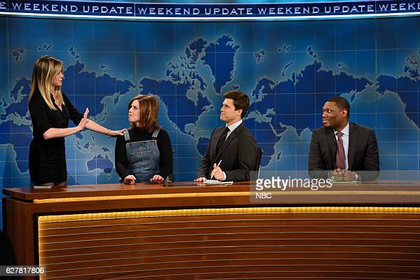 LIVE 'Emma Stone' Episode 1712 Pictured Jennifer Aniston Vanessa Bayer as Rachel from 'Friends' Colin Jost and Michael Che during Weekend Update on...