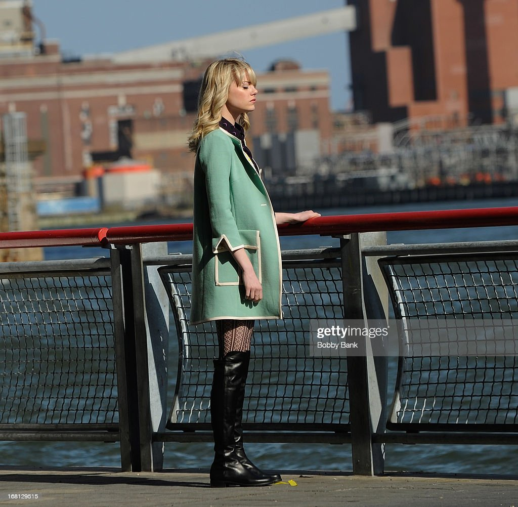 <a gi-track='captionPersonalityLinkClicked' href=/galleries/search?phrase=Emma+Stone&family=editorial&specificpeople=672023 ng-click='$event.stopPropagation()'>Emma Stone</a> on the set of 'Amazing Spiderman 2' on May 5, 2013 in New York City.