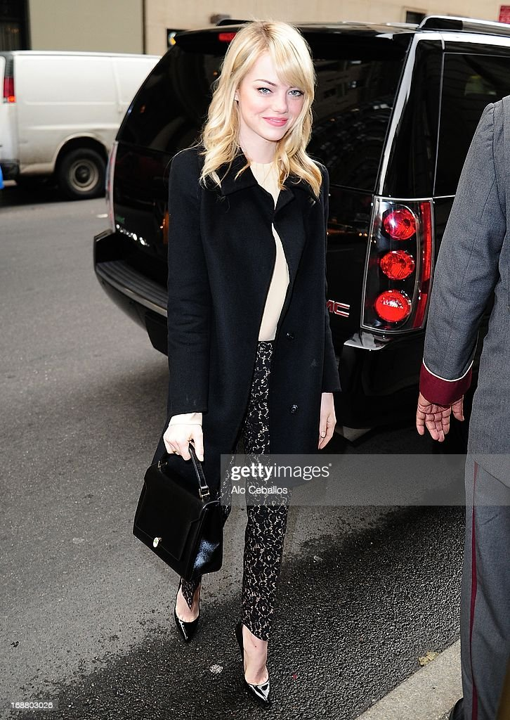 <a gi-track='captionPersonalityLinkClicked' href=/galleries/search?phrase=Emma+Stone&family=editorial&specificpeople=672023 ng-click='$event.stopPropagation()'>Emma Stone</a> sighting on May 15, 2013 in New York City.