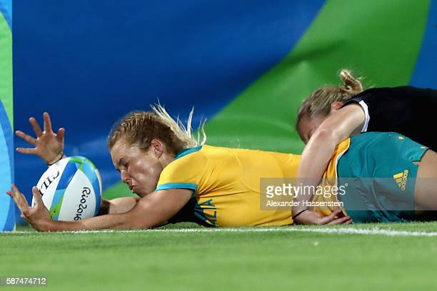 Emma Tonegato of Australia scores a try during the Women's Gold Medal Rugby Sevens match between Australia and New Zealand on Day 3 of the Rio 2016...