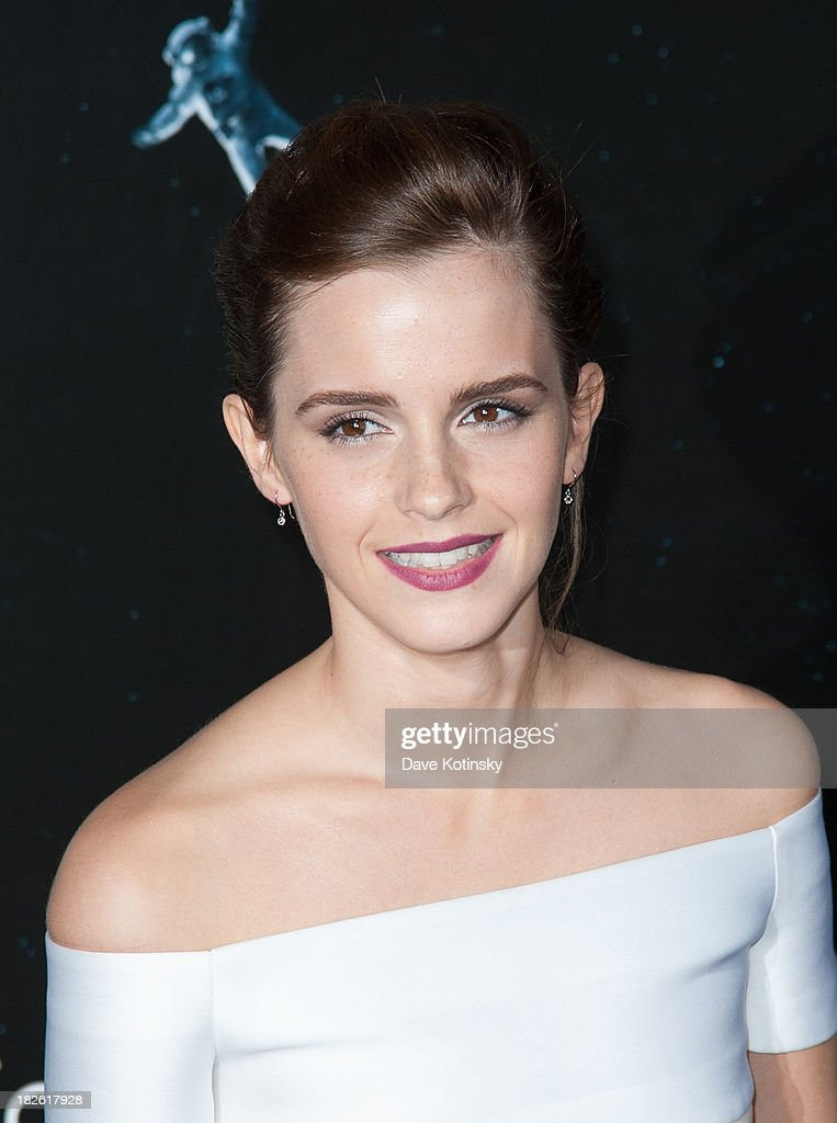 Emma Watson attends the 'Gravity' premiere at AMC Lincoln Square Theater on October 1, 2013 in New York City.