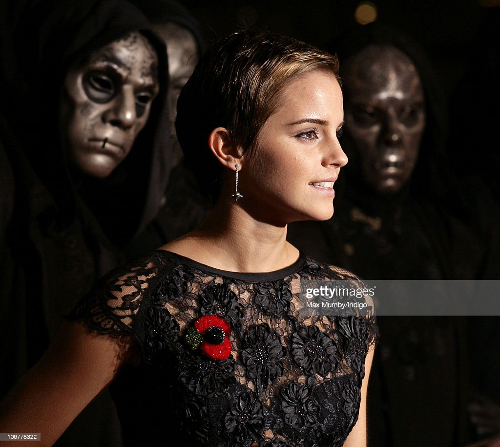 Emma Watson attends the Harry Potter And The Deathly Hallows: Part 1 world film premiere at Odeon Leicester Square on November 11, 2010 in London, England.