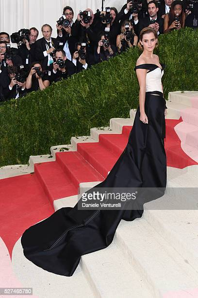 Emma Watson attends the 'Manus x Machina Fashion In An Age Of Technology' Costume Institute Gala at the Metropolitan Museum on May 02 2016 in New...