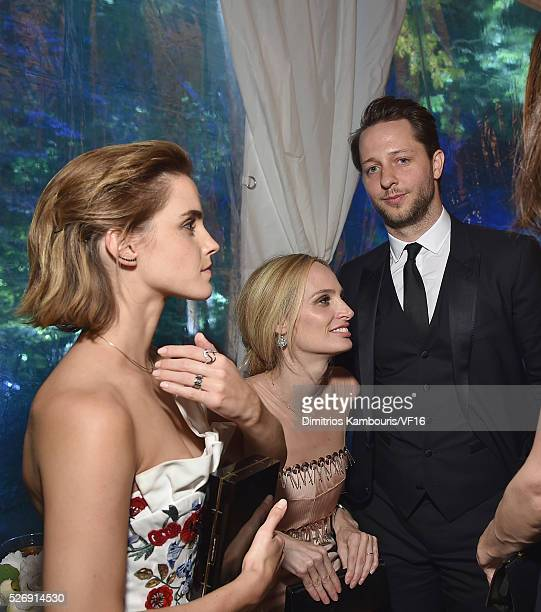 Emma Watson Lauren Santo Domingo and Derek Blasberg attend the Bloomberg Vanity Fair cocktail reception following the 2015 WHCA Dinner at the...