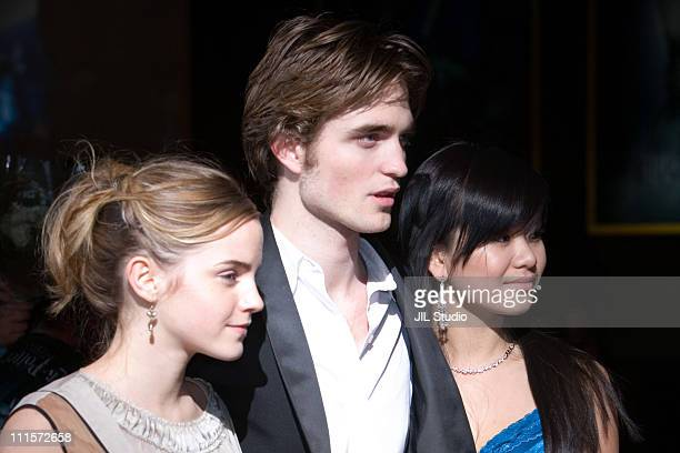 Emma Watson Robert Pattinson and Katie Leung during 'Harry Potter and the Goblet of Fire' Tokyo Premiere Arrivals in Tokyo Japan