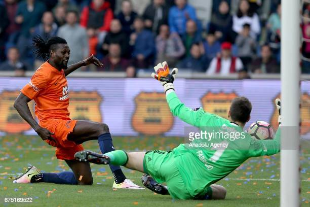 Emmanuel Adebayor of Medipol Basaksehir in action against Fabricio Agosto Ramirez of Besiktas during the Turkish Spor Toto Super Lig soccer match...