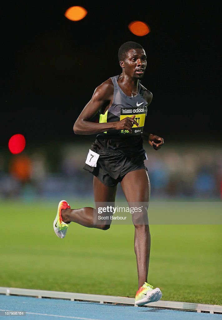 <a gi-track='captionPersonalityLinkClicked' href=/galleries/search?phrase=Emmanuel+Bett&family=editorial&specificpeople=8720811 ng-click='$event.stopPropagation()'>Emmanuel Bett</a> competes in the Mens 10000 Meters Open during the Zatopek Classic at Lakeside Stadium on December 8, 2012 in Melbourne, Australia.