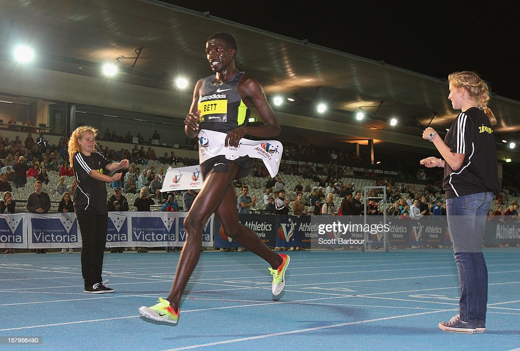 Emmanuel Bett of Kenya crosses the finish line to win the Mens 10000 Meters Open during the Zatopek Classic at Lakeside Stadium on December 8, 2012 in Melbourne, Australia.