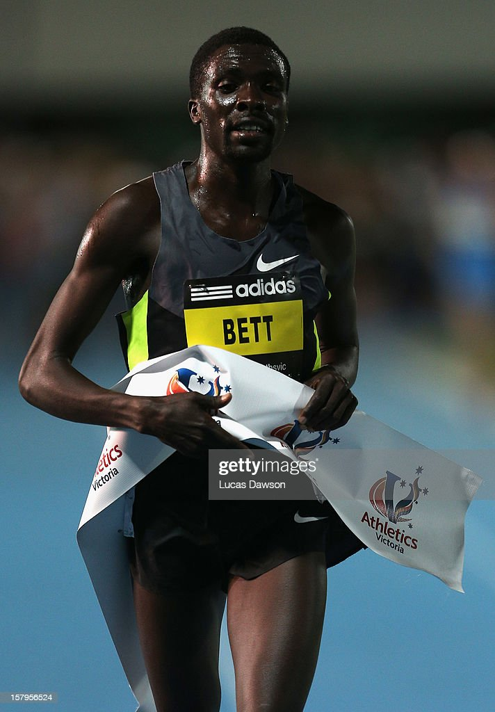 Emmanuel Bett of Kenya crosses the line after winning the Zatopek Classic at Lakeside Stadium on December 8, 2012 in Melbourne, Australia.