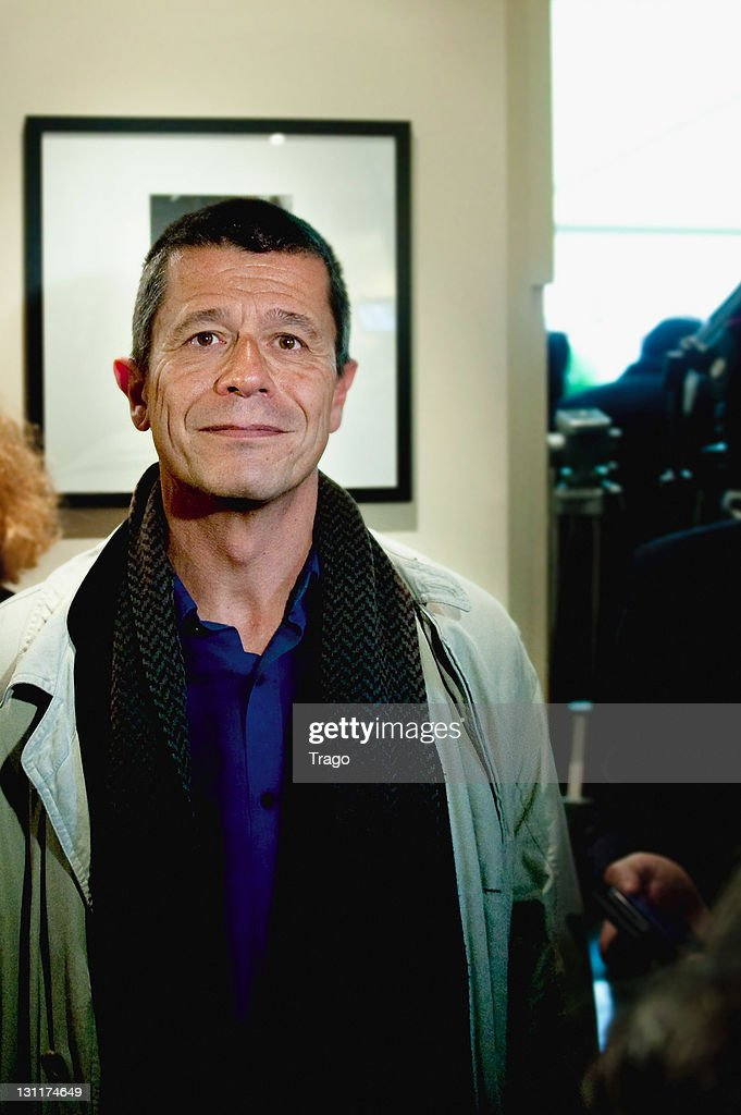 Emmanuel Carrere arrives to receive the Renaudot Prize for his novel 'Limonov' at Drouant Restaurant on November 2, 2011 in Paris, France.