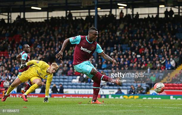 Emmanuel Emenike of West Ham United scores his team's fourth goal during The Emirates FA Cup fifth round match between Blackburn Rovers and West Ham...