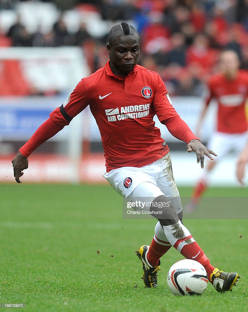 Emmanuel Frimpong of Charlton Athletic attacks during the npower Championship match between Charlton Athletic and Ipswich Town at The Valley on December 26, 2012 in London, England.