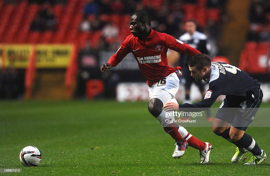 <a gi-track='captionPersonalityLinkClicked' href=/galleries/search?phrase=Emmanuel+Frimpong&family=editorial&specificpeople=5014743 ng-click='$event.stopPropagation()'>Emmanuel Frimpong</a> of Charlton during the npower Championship match between Charlton Athletic and Huddersfield Town at The Valley on November 24, 2012 in London, England.