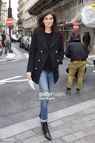 Emmanuelle Alt attends the Giambattista Valli show as part of the Paris Fashion Week Womenswear Fall/Winter 20142015 on March 3 2014 in Paris France