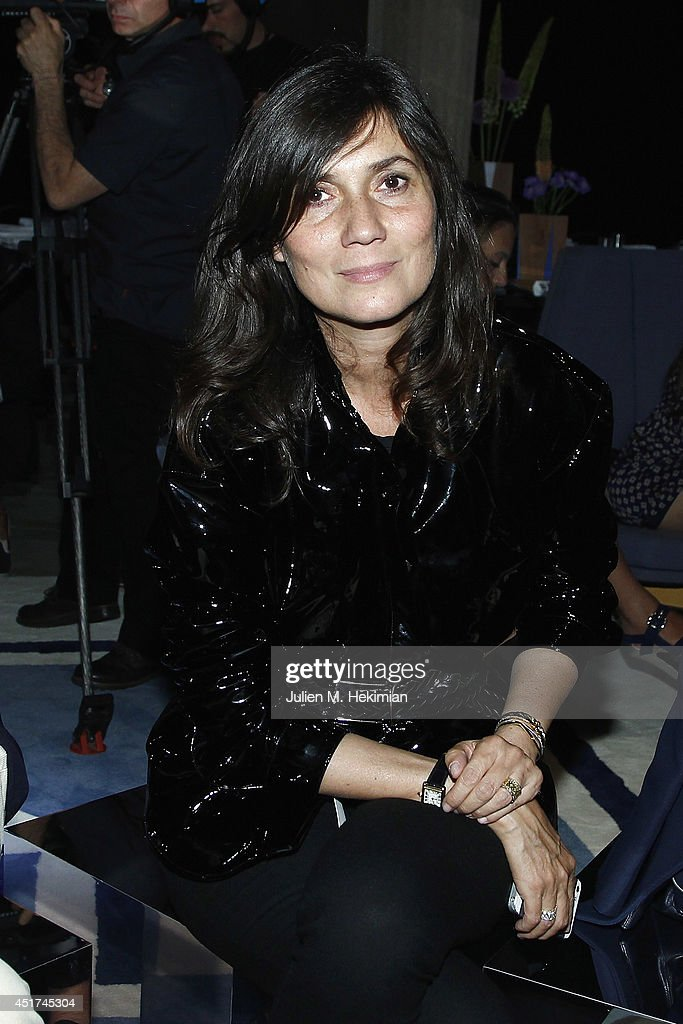 <a gi-track='captionPersonalityLinkClicked' href=/galleries/search?phrase=Emmanuelle+Alt&family=editorial&specificpeople=758682 ng-click='$event.stopPropagation()'>Emmanuelle Alt</a> attends the Miu Miu Resort Collection 2015 at Palais d'Iena on July 5, 2014 in Paris, France.