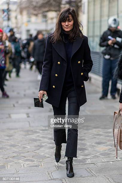 Emmanuelle Alt outside Jean Paul Gaultier during the Paris Fashion Week Haute Couture Spring/Summer 2016 on January 27 2016 in Paris France