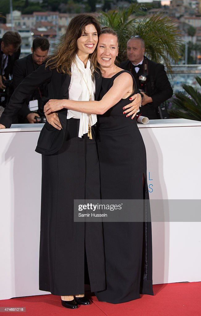 <a gi-track='captionPersonalityLinkClicked' href=/galleries/search?phrase=Emmanuelle+Bercot&family=editorial&specificpeople=2147740 ng-click='$event.stopPropagation()'>Emmanuelle Bercot</a> (R), Best Performance by an Actress award for her performance in 'Mon Roi' poses with Maiwenn attends a photocall for the winners of the Palm D'Or during the 68th annual Cannes Film Festival on May 24, 2015 in Cannes, France.