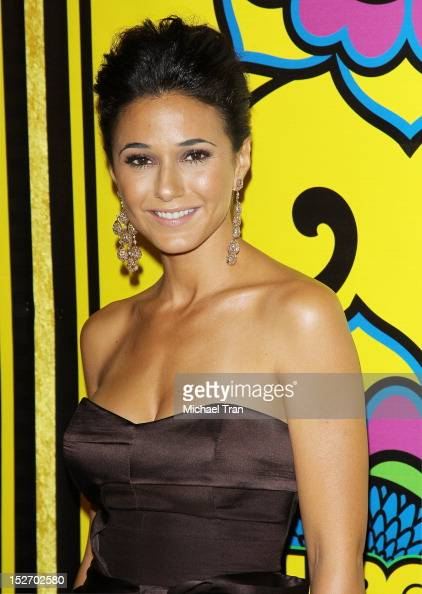 emmanuelle chriqui dating freddy wexler Emmanuelle chriqui plastic surgery is mainly performed on her boobs she needed plastic surgery at least for her role as sloan mcquewick on hbo's entourage.