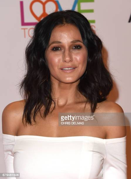 Emmanuelle Chriqui attends the 24th annual Race to Erase MS gala at the Beverly Hilton hotel in Beverly Hills on May 5 2017 / AFP PHOTO / CHRIS DELMAS