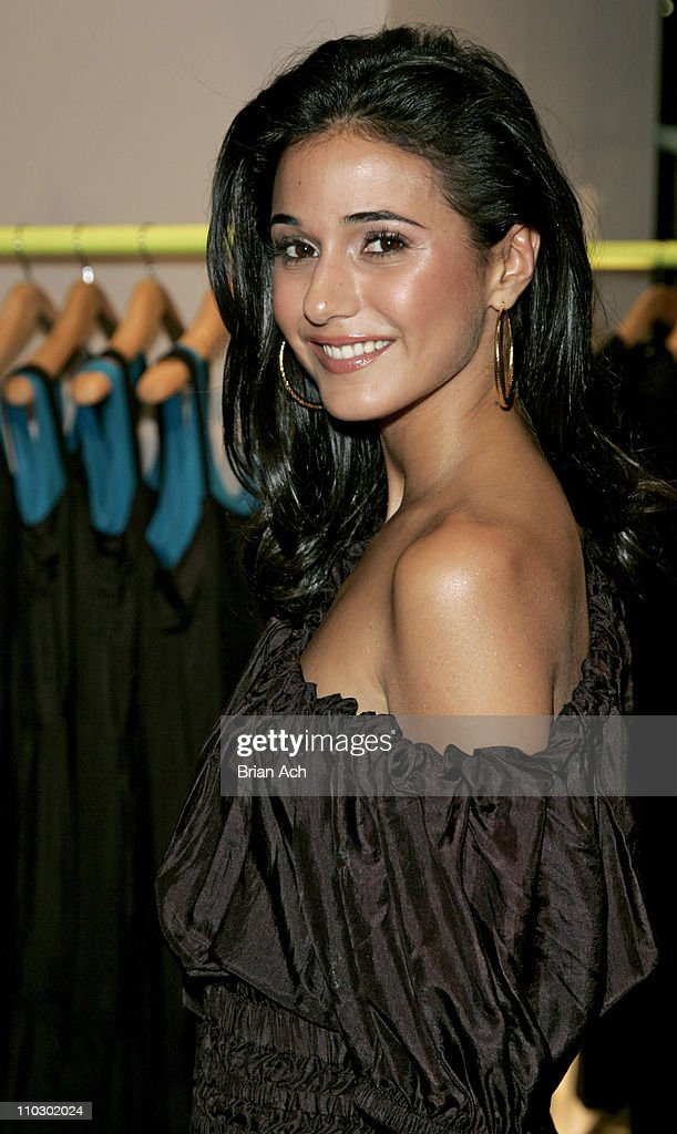Emmanuelle Chriqui during Gilda's Club Worldwide Young Leadership Council Benefit at the DKNY Flagship Store - September 28, 2006 at DKNY Fagship Store in New York City, New York, United States.
