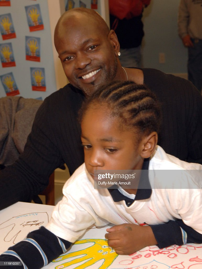 Emmitt Smith during Sarah Ferguson and the Finalists of 'Dancing With the Stars' Visit the Ronald McDonald House to Celebrate World Children's Day at...