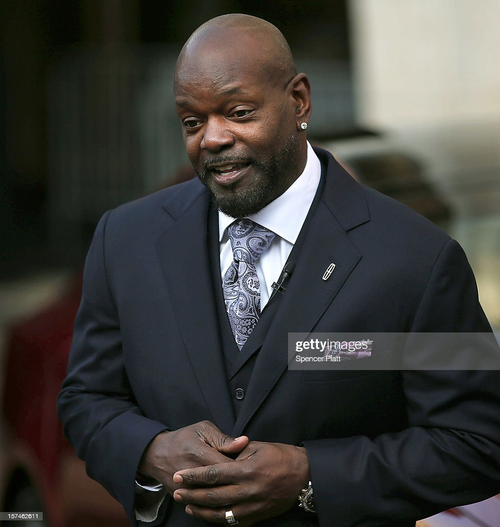 <a gi-track='captionPersonalityLinkClicked' href=/galleries/search?phrase=Emmitt+Smith&family=editorial&specificpeople=201615 ng-click='$event.stopPropagation()'>Emmitt Smith</a> speaks at a media launch of the new Lincoln Motor Company MKZ sedan in front of Avery Fisher Hall, Lincoln Center Plaza on December 3, 2012 in New York City. Ford is renaming its Lincoln division as the Lincoln Motor Co., as it looks to revive the luxury brand. The MKZ will arrive at dealerships later this month and will start at $35,925. The MKZ is the first of seven new Lincoln's that will go on sale by 2015.