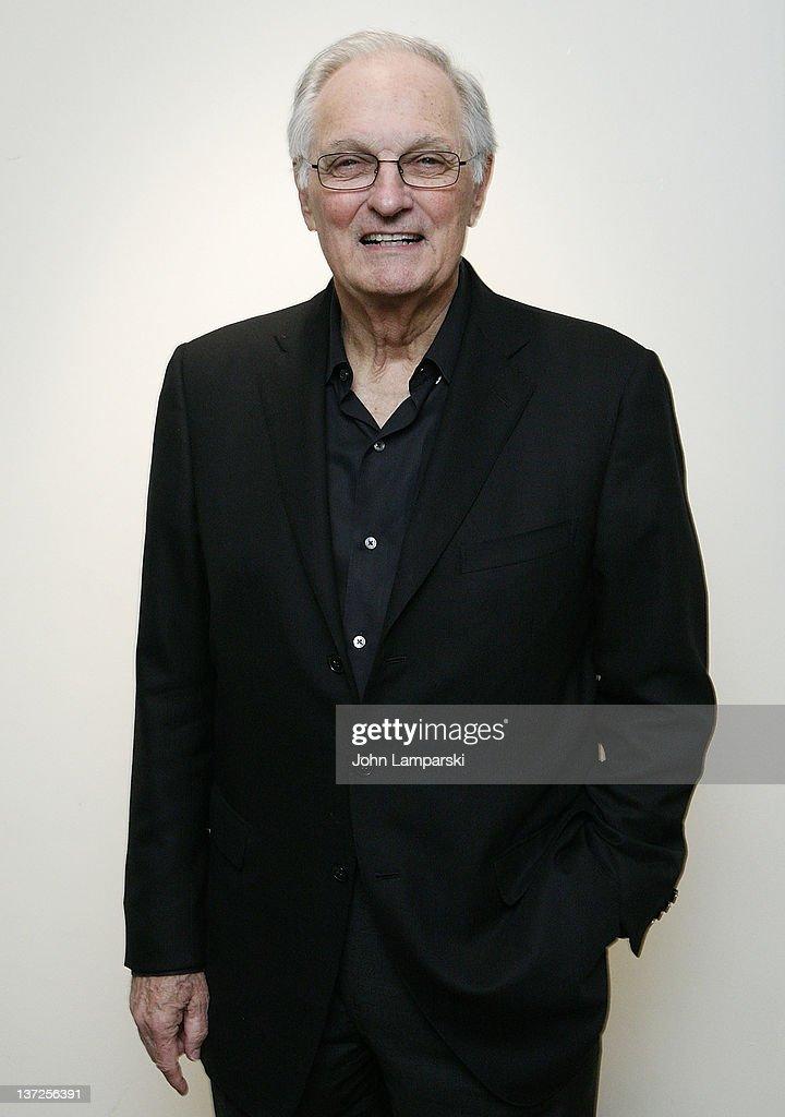 Emmy Award Winner Actor Alan Alda attends the Syracuse University Janklow Arts Leadership Program Cocktail Reception at the Stanley H Kaplan...