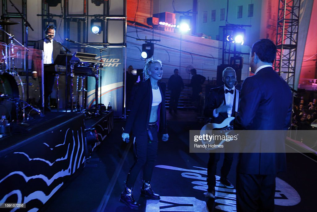 LIVE - Emmy Award-nominated 'Jimmy Kimmel Live' has moved! Tonight was the first installment of the late-night show in its brand new times slot, 11:35PM/10:35PM CT. To kick things off, the guests for TUESDAY, JANUARY 8 included actress Jennifer Aniston and musical guest No Doubt. GABRIAL