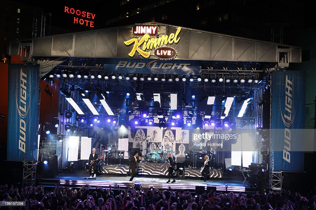 LIVE - Emmy Award-nominated 'Jimmy Kimmel Live' has moved! Tonight was the first installment of the late-night show in its brand new times slot, 11:35PM/10:35PM CT. To kick things off, the guests for TUESDAY, JANUARY 8 included actress Jennifer Aniston and musical guest No Doubt. NO