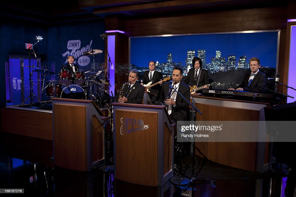 LIVE - Emmy Award-nominated 'Jimmy Kimmel Live' has moved! Tonight was the first installment of the late-night show in its brand new times slot, 11:35PM/10:35PM CT. To kick things off, the guests for TUESDAY, JANUARY 8 included actress Jennifer Aniston and musical guest No Doubt. CLETO