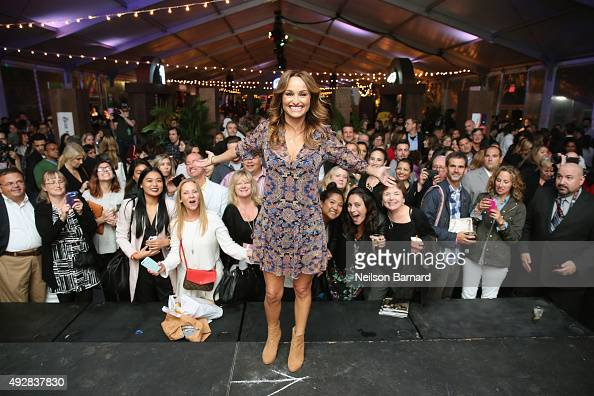 Emmy Awardwinning Food Network star Giada De Laurentiis poses at Giada De Laurentiis' Italian Feast presented by Ronzoni sponsored by The New York...